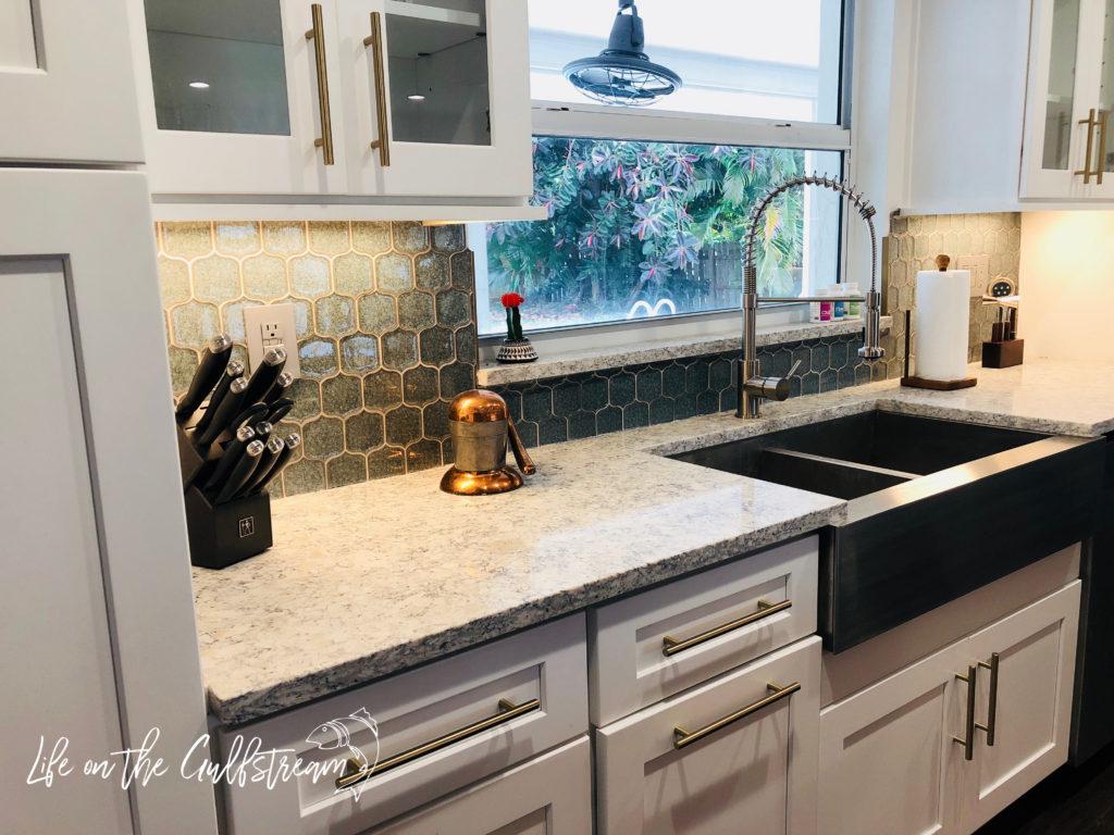 Kitchen Sink | Life on the Gulfstream